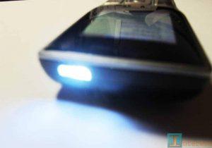 Включенный фонарик Philips X130