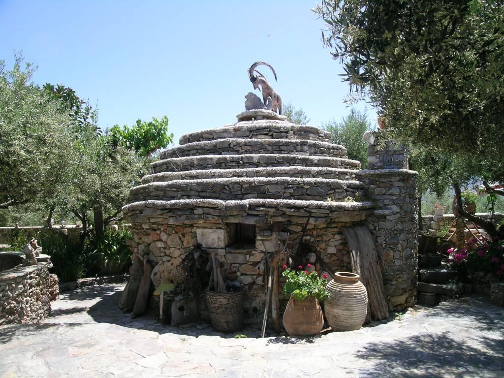 Таверна в Каливасе