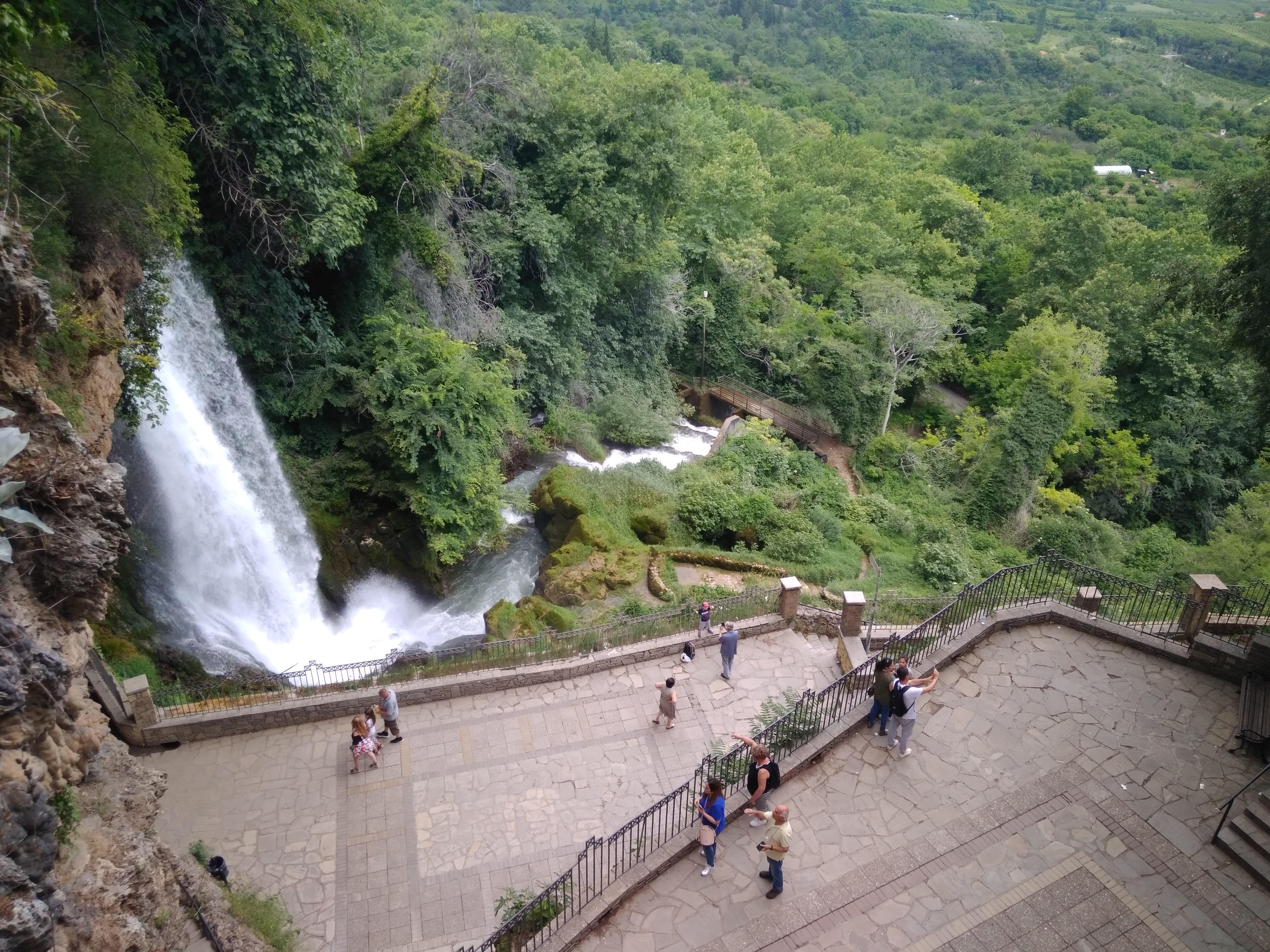 Эдесский водопад